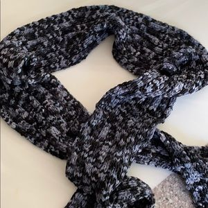 Handmade ribbon scarf. Black/gray. 6 X 68 inches